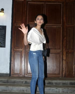 Photos: Rakul Preet Singh Spotted at Ministry Of Crabs