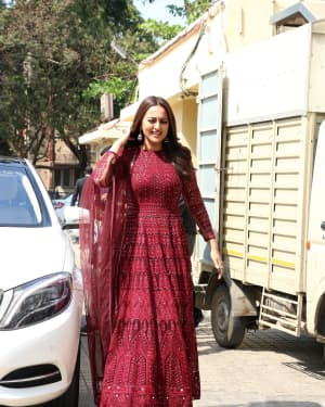 Sonakshi Sinha - Photos: Trailer launch of film Kalank at PVR | Picture 1640876