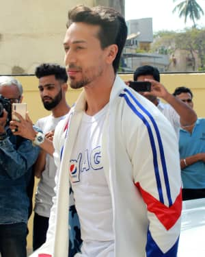 Tiger Shroff - Photos: Pepsi's New Anthem 'Har Ghoont Me Swag' Launch at PVR | 1641637