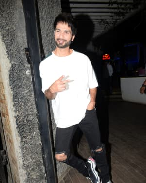 Shahid Kapoor - Photos: Wrapup Party Of Film Kabir Singh at Juhu | Picture 1642065