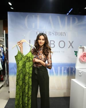 Photos: Shibani Dandekar at the unveiling of Spring Summer collection of fashion brand Cover Story | 1642284
