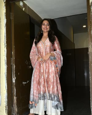 Sonakshi Sinha - Photos: Screening of Film Kalank at Pvr Juhu