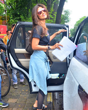 Shilpa Shetty - Photos: Celebs Spotted At Kromakay Salon In Juhu | Picture 1672564