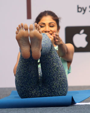 Photos:  Shilpa Shetty Conducts A Yoga Event At Phoenix Lower Parel   Picture 1672650