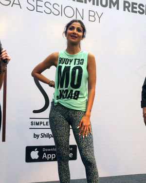 Photos:  Shilpa Shetty Conducts A Yoga Event At Phoenix Lower Parel   Picture 1672655