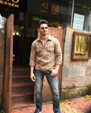 Sooraj Pancholi - Photos: Celebs Spotted At Indigo In Bandra | Picture 1672897