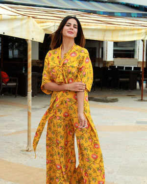 Kirti Kulhari - Photos: Promotion Of Film Mission Mangal At Sun N Sand | Picture 1673457