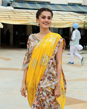 Photos: Taapsee Pannu Promotes Mission Mangal At Sun N Sand | Picture 1673416