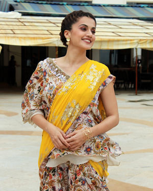 Photos: Taapsee Pannu Promotes Mission Mangal At Sun N Sand | Picture 1673412