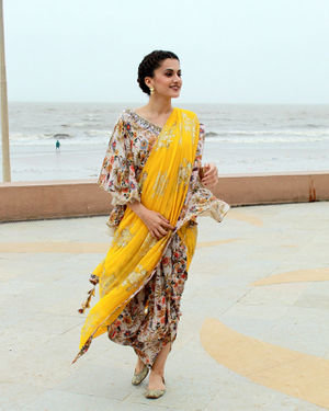 Photos: Taapsee Pannu Promotes Mission Mangal At Sun N Sand | Picture 1673419
