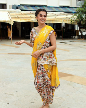 Photos: Taapsee Pannu Promotes Mission Mangal At Sun N Sand | Picture 1673411