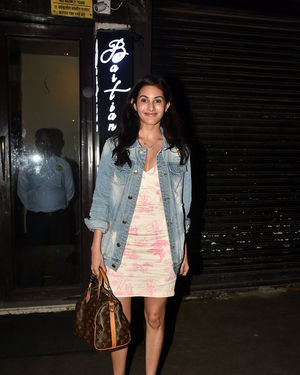 Amyra Dastur - Photos: Celebs Spotted at Bastian | Picture 1673615