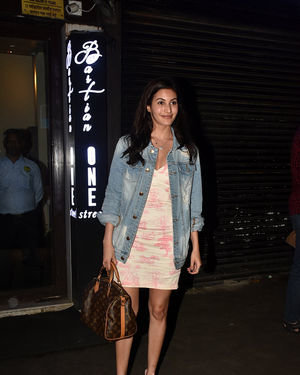 Amyra Dastur - Photos: Celebs Spotted at Bastian | Picture 1673614