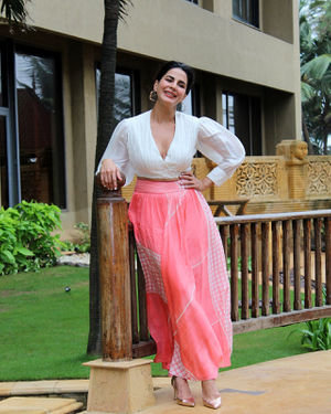 Kirti Kulhari - Photos: Promotion Of Film Mission Mangal At Jw Marriot | Picture 1673578