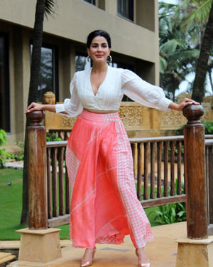 Kirti Kulhari - Photos: Promotion Of Film Mission Mangal At Jw Marriot | Picture 1673579