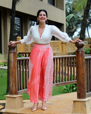 Kirti Kulhari - Photos: Promotion Of Film Mission Mangal At Jw Marriot | Picture 1673582