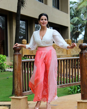 Kirti Kulhari - Photos: Promotion Of Film Mission Mangal At Jw Marriot | Picture 1673583