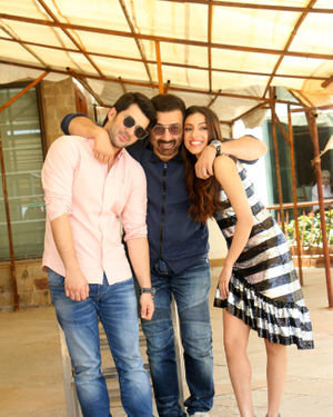 Photos: Media Interaction Of Film Pal Pal Dil Ke Paas