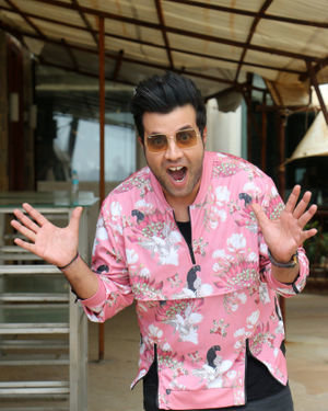 Varun Sharma - Photos: Media Interactions Of Film Chhichhore At Sun N Sand | Picture 1678188