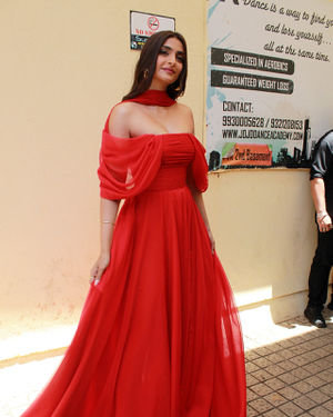 Photos: Sonam Kapoor At The Trailer Launch Of Zoya's Factor | Picture 1679099