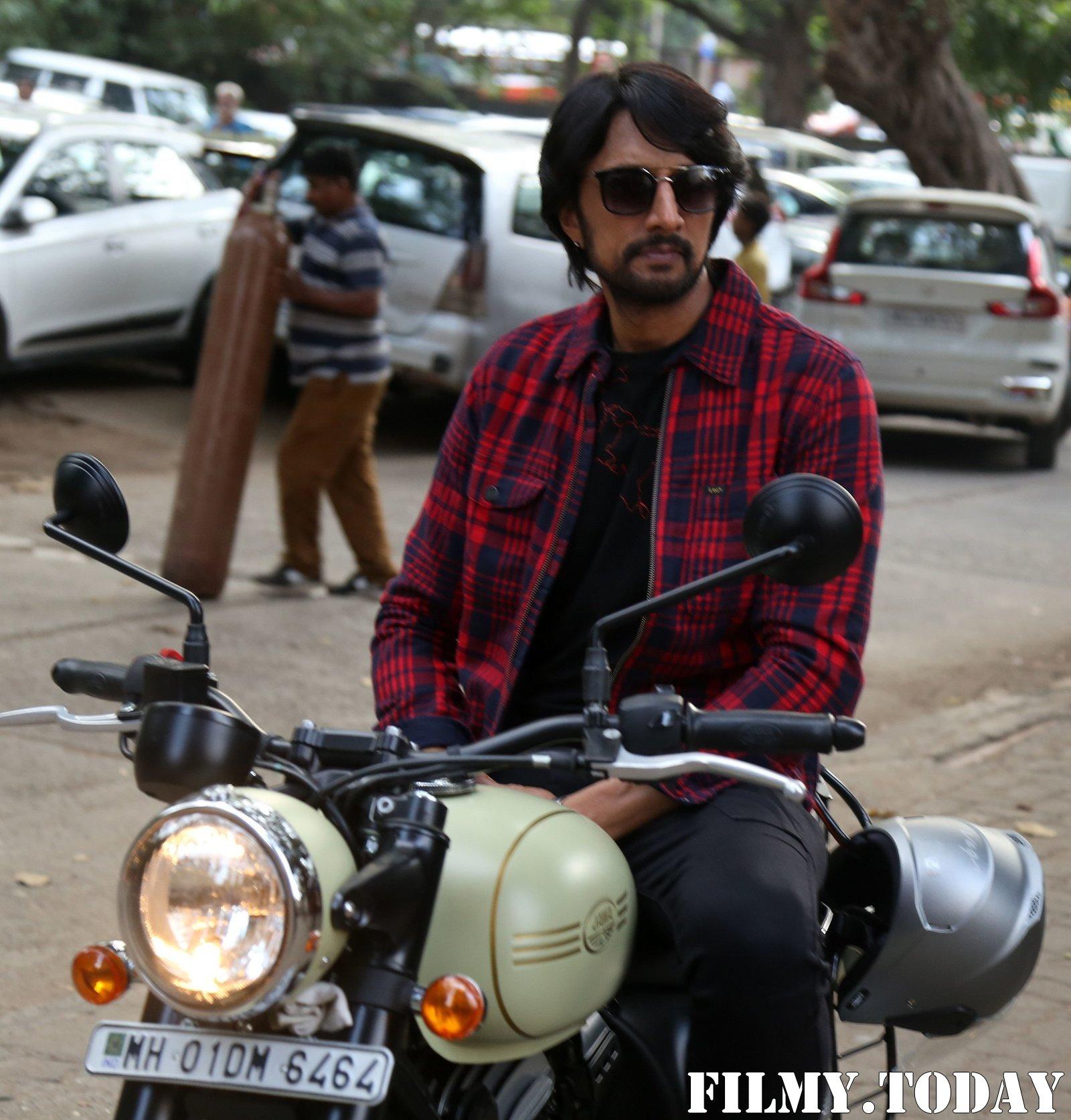 Kichcha Sudeep - Photos: Promotion Of Film Dabangg 3 At Mehboob Studio | Picture 1704362