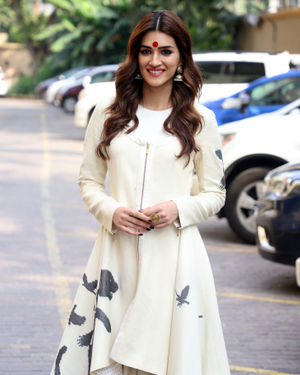 Kriti Sanon - Photos: Promotion Of Film Panipat At Jw Marriott