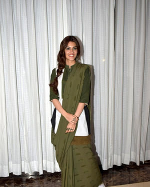 Kriti Sanon - Photos: Promotion Of Film Panipat At Jw Marriott | Picture 1703953