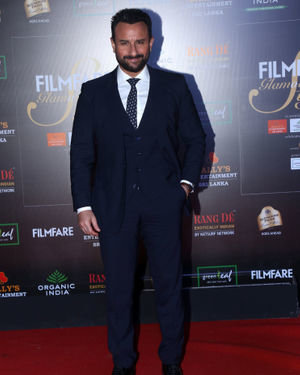 Saif Ali Khan - Photos: Celebs At Filmfare Glamour & Style Awards 2019 At Taj Lands End | Picture 1704561