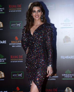 Kriti Sanon - Photos: Celebs At Filmfare Glamour & Style Awards 2019 At Taj Lands End