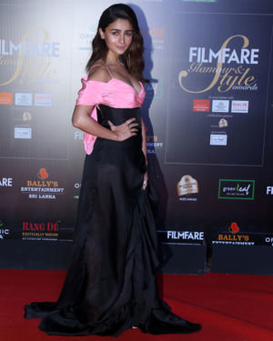 Alia Bhatt - Photos: Celebs At Filmfare Glamour & Style Awards 2019 At Taj Lands End | Picture 1704625