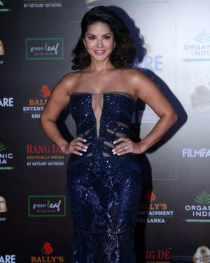 Sunny Leone - Photos: Celebs At Filmfare Glamour & Style Awards 2019 At Taj Lands End