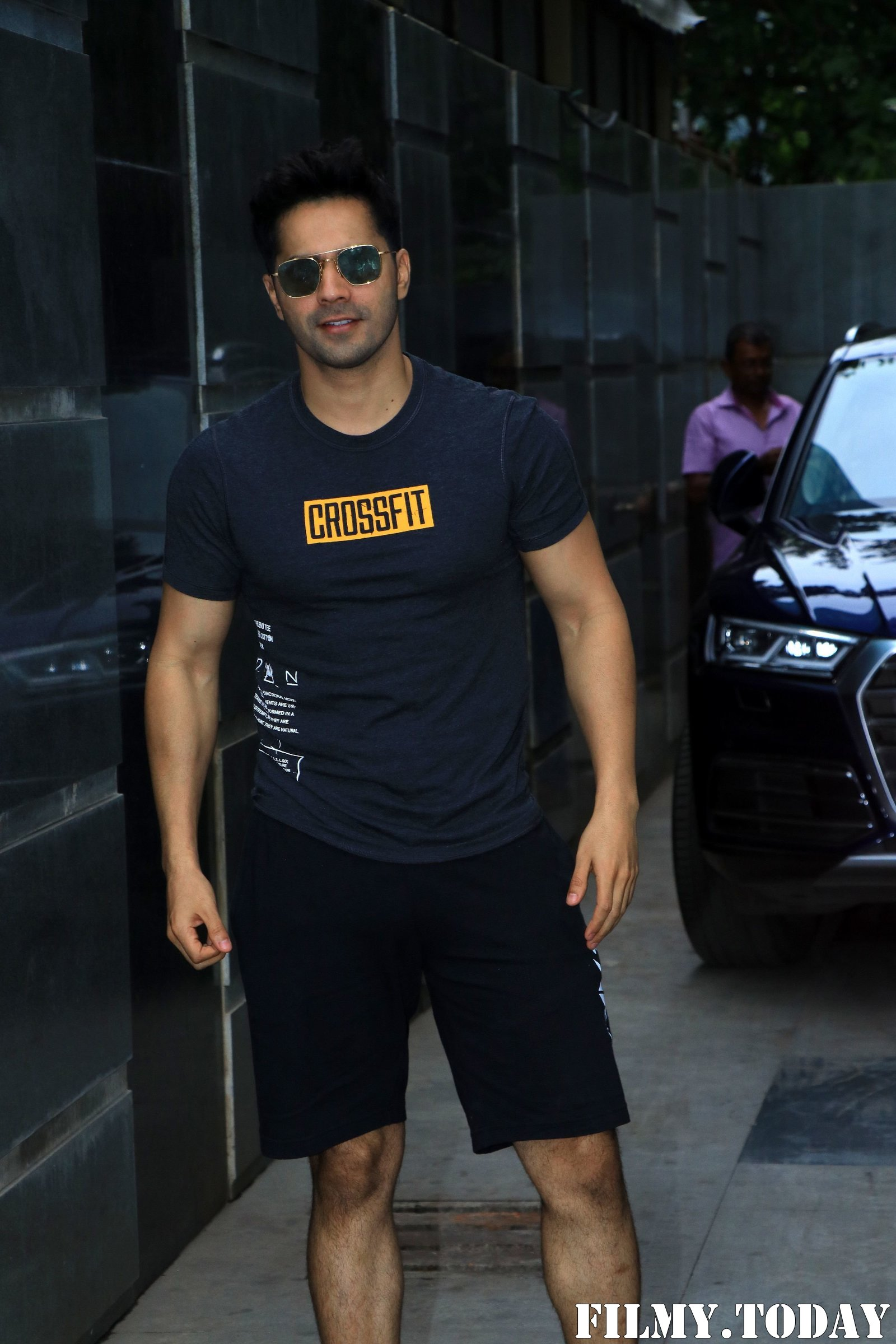 Varun Dhawan - Photos: Celebs Spotted at Gym   Picture 1705083