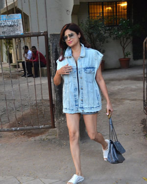 Shamita Shetty - Photos: Celebs Spotted At Kromakay Salon In Juhu | Picture 1706714