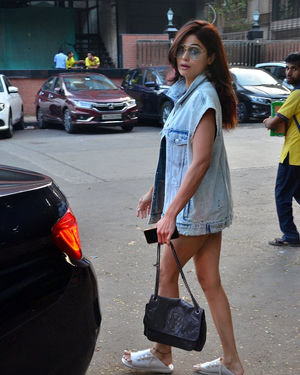 Shamita Shetty - Photos: Celebs Spotted At Kromakay Salon In Juhu | Picture 1706715