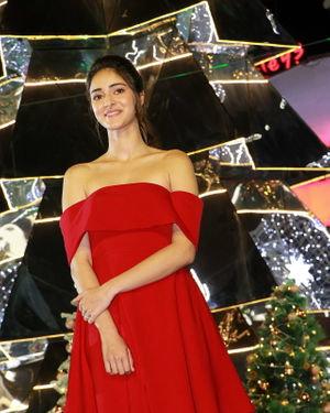 Photos: Ananya Pandey Unveils Special Christmas Decor
