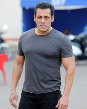 Salman Khan - Photos: Promotion Of Film Dabangg 3