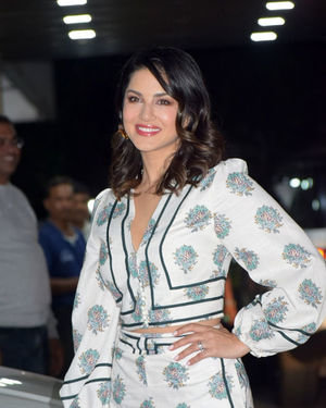 Sunny Leone - Photos: Sohail Khan's Birthday Party At His Home In Bandra