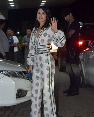 Sunny Leone - Photos: Sohail Khan's Birthday Party At His Home In Bandra | Picture 1710192
