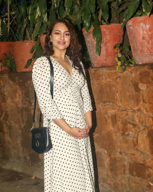 Photos: Sonakshi Sinha During Christmas Celebration With Angel Express Foundation