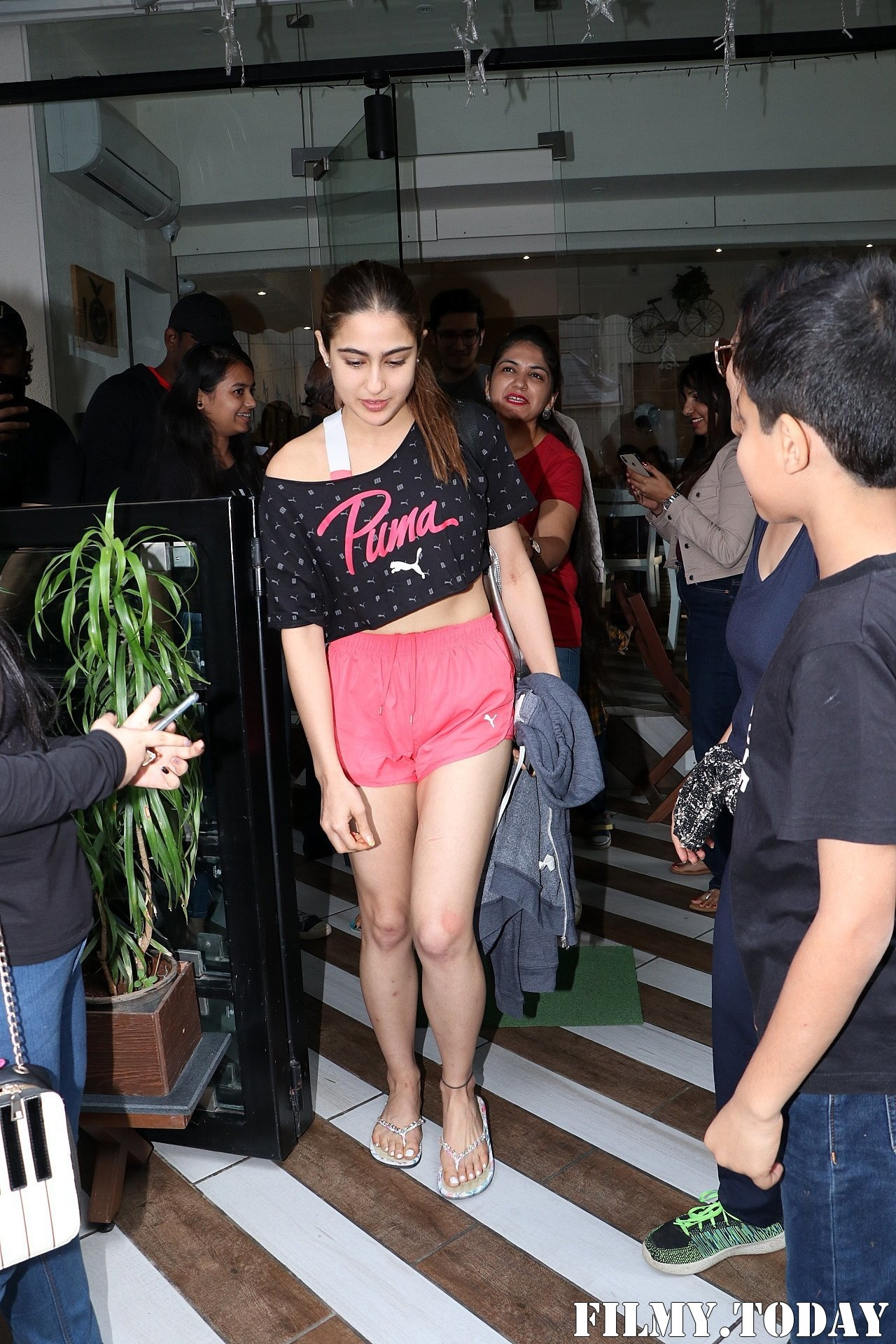 Sara Ali Khan - Photos: Celebs Spotted At Farmer's Cafe In Bandra | Picture 1711934