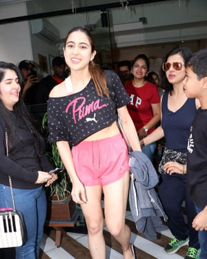 Sara Ali Khan - Photos: Celebs Spotted At Farmer's Cafe In Bandra | Picture 1711936