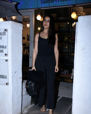 Fatima Sana Shaikh - Photos: Celebs Spotted Bblunt Salon At Bandra | Picture 1711928