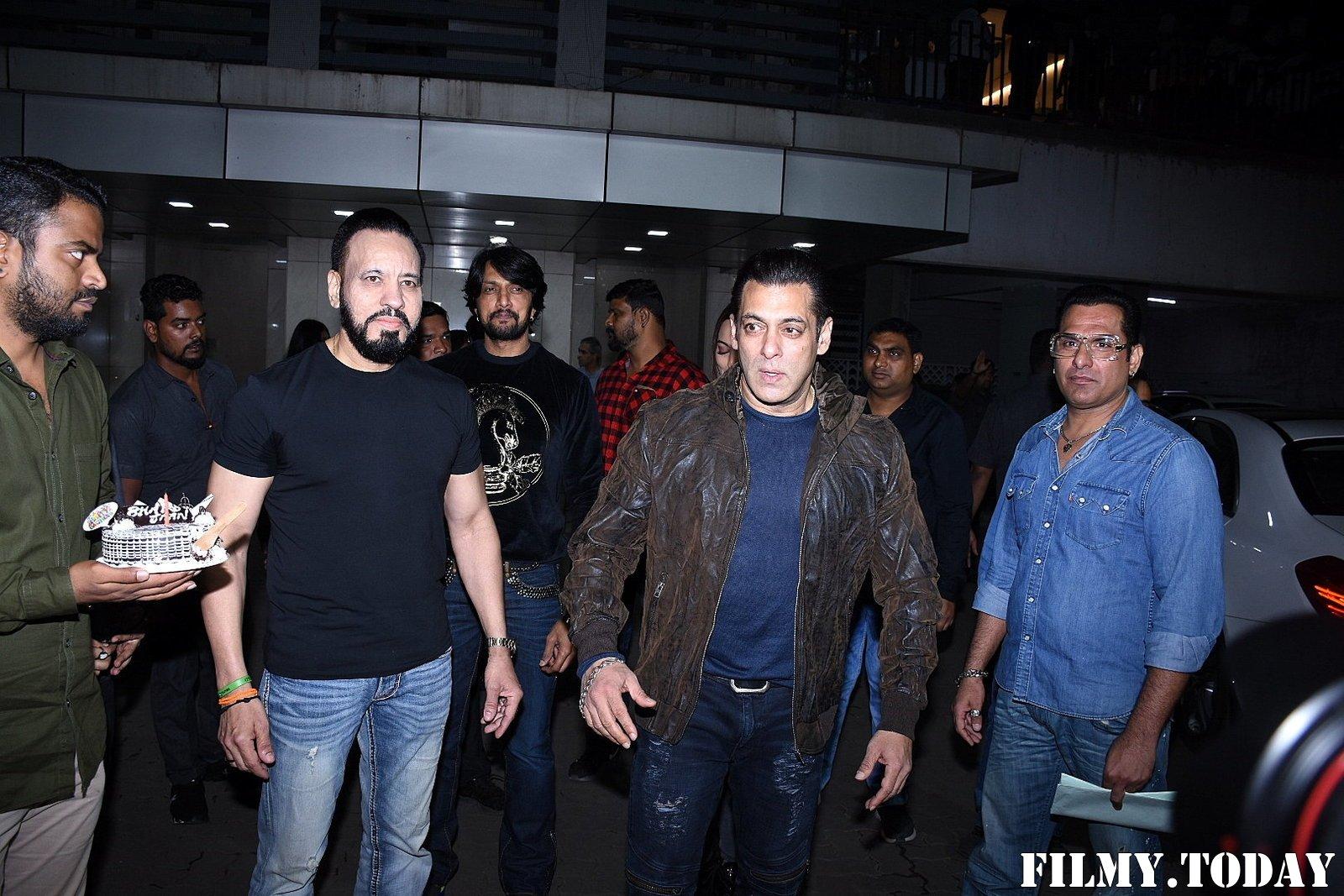 Photos: Salman Khan Birthday Party At Bandra   Picture 1711933