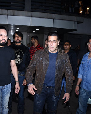 Photos: Salman Khan Birthday Party At Bandra