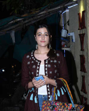 Nupur Sanon - Photos: Celebs Spotted At Myrah Spa In Juhu | Picture 1659330