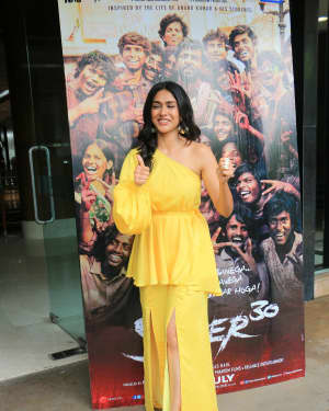Mrunal Thakur - Photos: Promotions Of Film Super 30 At Sun N Sand In Juhu | Picture 1659789
