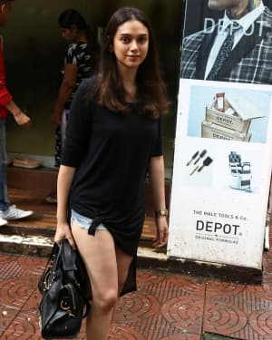 Aditi Rao Hydari - Photos: Celebs Spotted at Bandra | Picture 1660235
