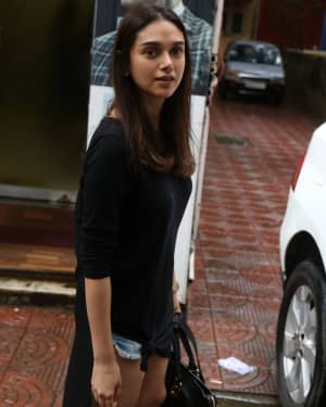 Aditi Rao Hydari - Photos: Celebs Spotted at Bandra | Picture 1660227