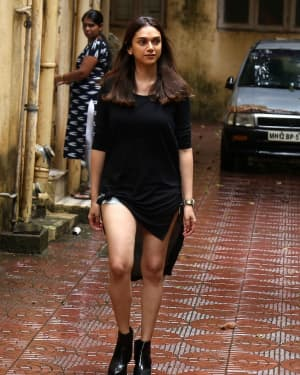 Aditi Rao Hydari - Photos: Celebs Spotted at Bandra | Picture 1660233