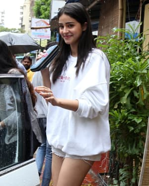 Ananya Panday - Photos: Celebs Spotted at Bandra | Picture 1660714